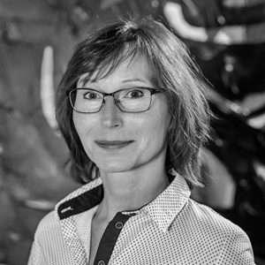 Elena Luhová - Obchodná manažérka - QEX